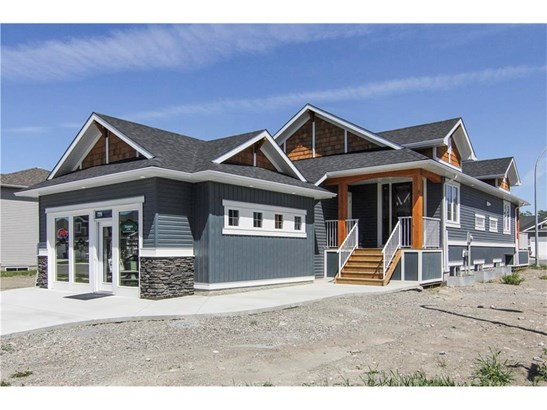 812 3 St, Black Diamond, AB - CAN (photo 1)