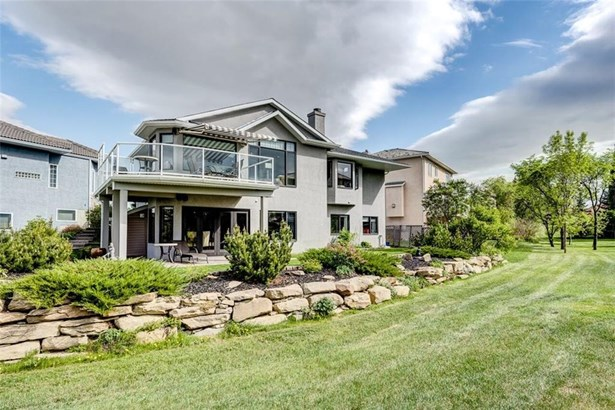 227 Lakeside Greens Co, Chestermere, AB - CAN (photo 2)