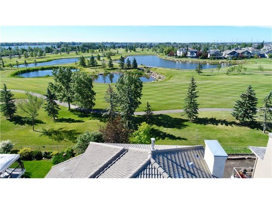 153 Lakeside Greens Dr, Chestermere, AB - CAN (photo 3)