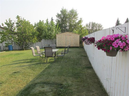 409 Southridge Pl, Didsbury, AB - CAN (photo 4)