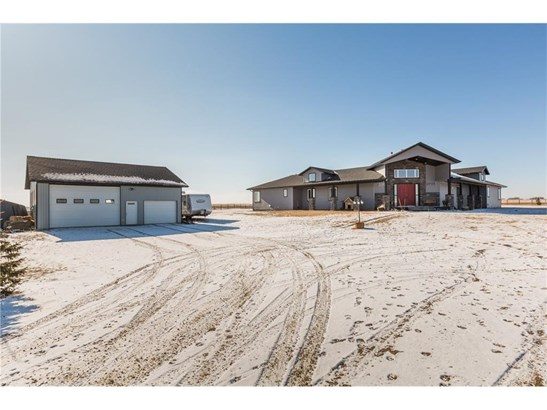 466123 336 St E, Rural Foothills M.d., AB - CAN (photo 2)