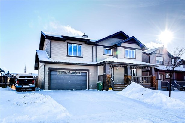 34 Barber St N, Langdon, AB - CAN (photo 2)