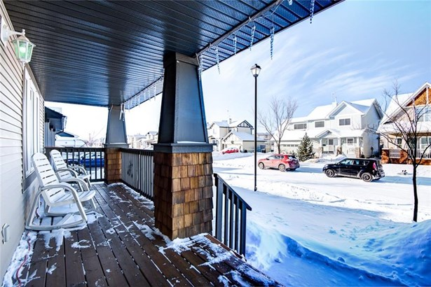 34 Barber St N, Langdon, AB - CAN (photo 3)