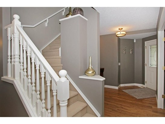 242 Springmere Pl, Chestermere, AB - CAN (photo 3)