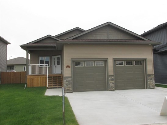 23 Vincent Cr, Olds, AB - CAN (photo 1)