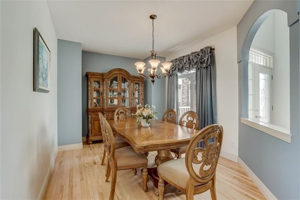 411 Parkmere Gr N, Chestermere, AB - CAN (photo 5)