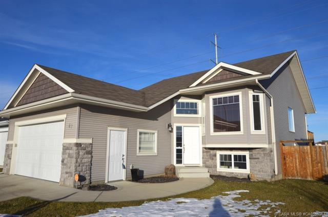 87 Issard  Close, Red Deer, AB - CAN (photo 1)