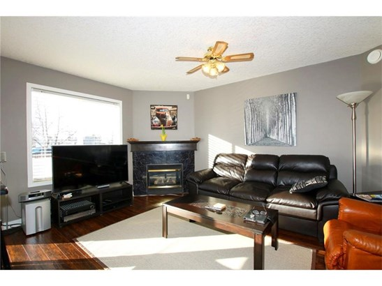 #1 309 3 Av, Irricana, AB - CAN (photo 5)
