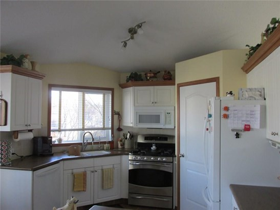 6200 60 St, Olds, AB - CAN (photo 3)
