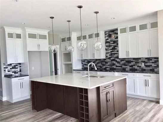 1473 Aldrich Pl, Carstairs, AB - CAN (photo 2)