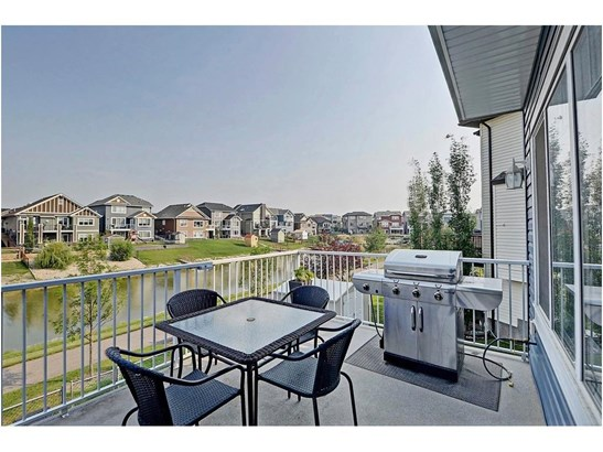 1846 Baywater St Sw, Airdrie, AB - CAN (photo 3)