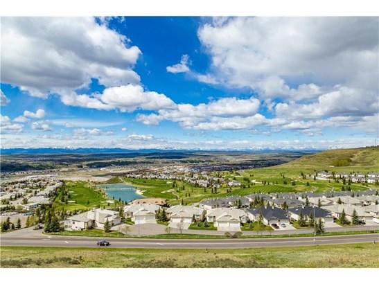 164 Gleneagles Estates Ln, Cochrane, AB - CAN (photo 3)