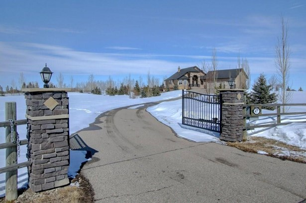 47 Norris Coulee Ph, Rural Foothills M.d., AB - CAN (photo 2)