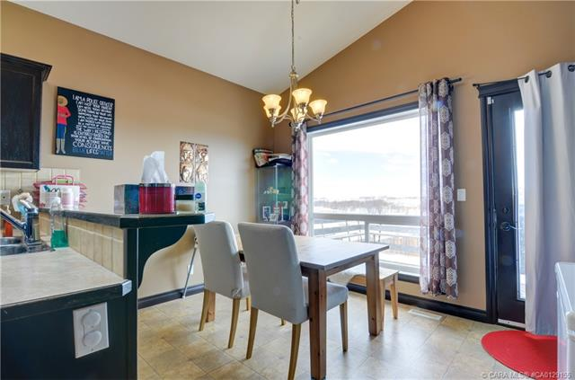 25 Lucky  Place, Sylvan Lake, AB - CAN (photo 5)