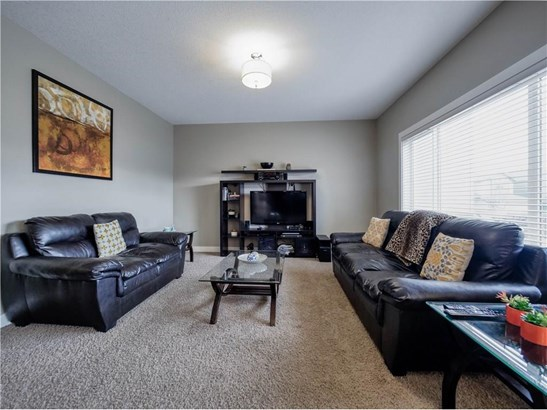 1173 Kingston Cr Se, Airdrie, AB - CAN (photo 4)