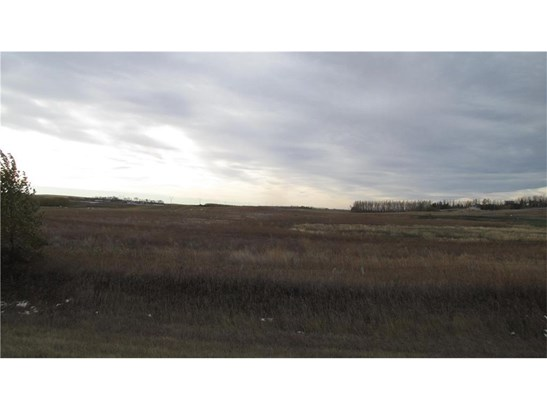 #100 64147 Hwy 552  E, Rural Foothills M.d., AB - CAN (photo 1)