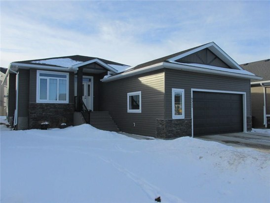 6511 57 St, Olds, AB - CAN (photo 1)