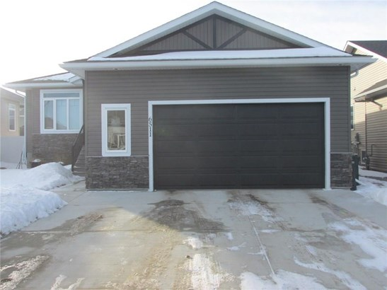 6511 57 St, Olds, AB - CAN (photo 2)