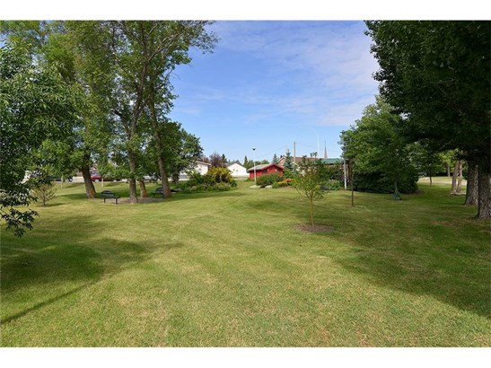 #317 3 Parklane Wy, Strathmore, AB - CAN (photo 4)