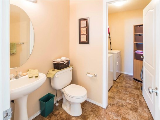 144 Springmere Gv, Chestermere, AB - CAN (photo 4)
