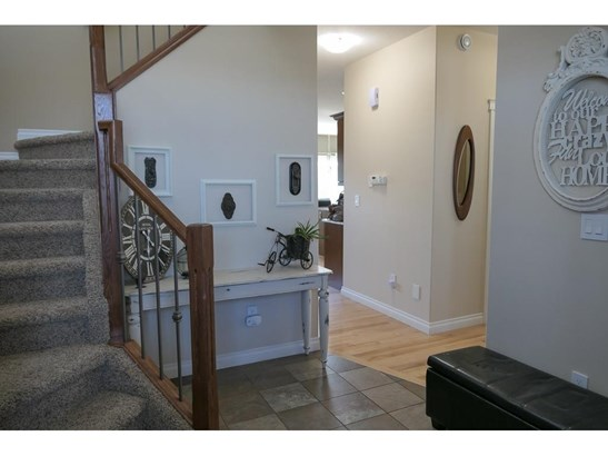 29 Viceroy Cr, Olds, AB - CAN (photo 4)