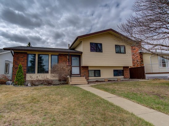 5 Parkwood Pl, Strathmore, AB - CAN (photo 1)