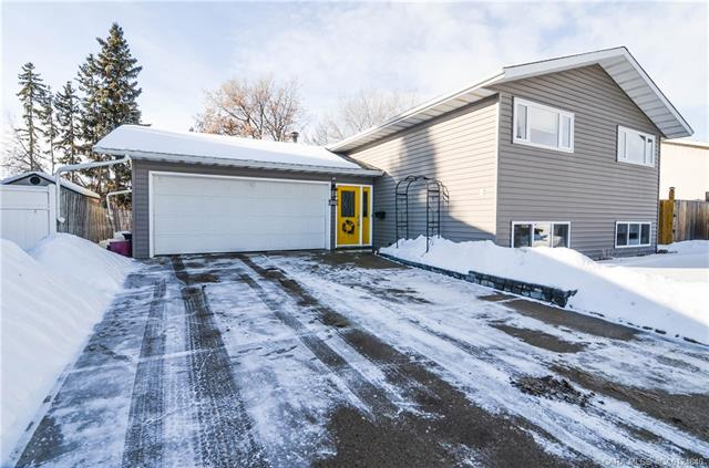 107 Anders  Clos, Red Deer, AB - CAN (photo 1)