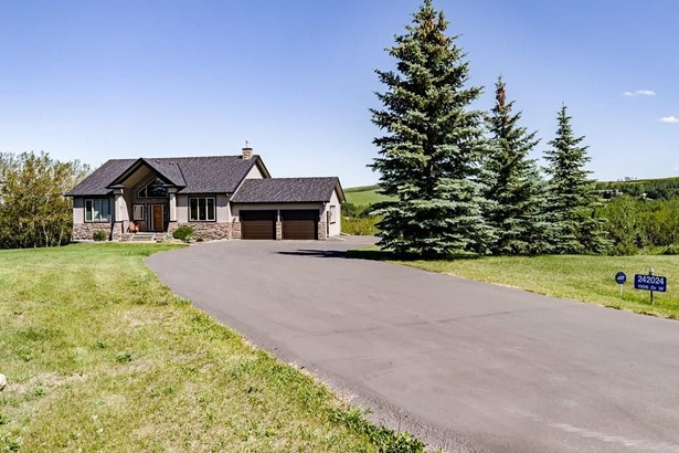 242024 1106 Dr W, Rural Foothills M.d., AB - CAN (photo 3)