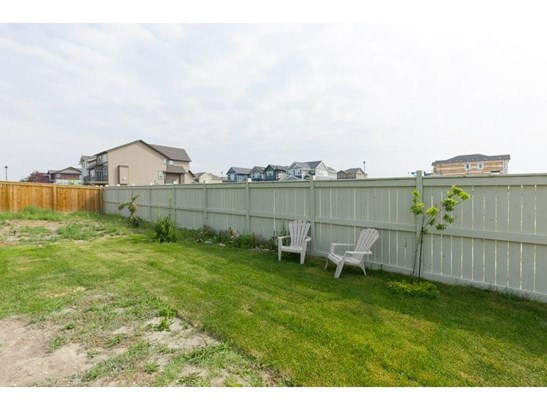 378 Kings Heights Dr Se, Airdrie, AB - CAN (photo 3)