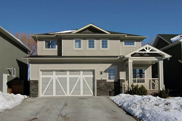812 Stonehaven Dr, Carstairs, AB - CAN (photo 2)