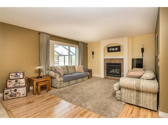 108 Springmere Dr, Chestermere, AB - CAN (photo 4)