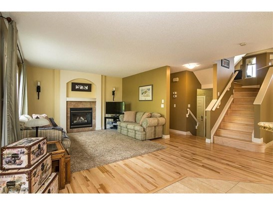 108 Springmere Dr, Chestermere, AB - CAN (photo 5)