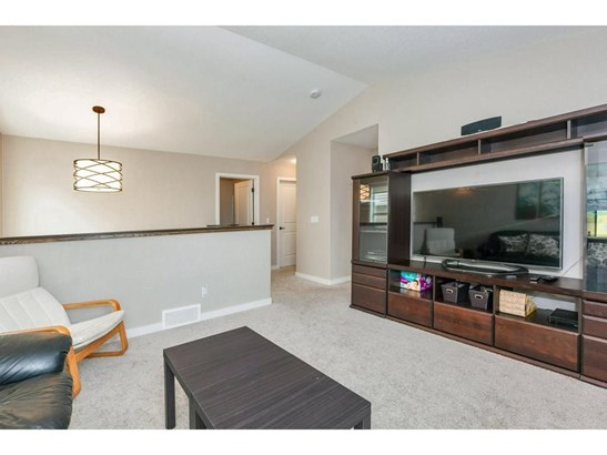 1346 Bayside Dr Sw, Airdrie, AB - CAN (photo 5)
