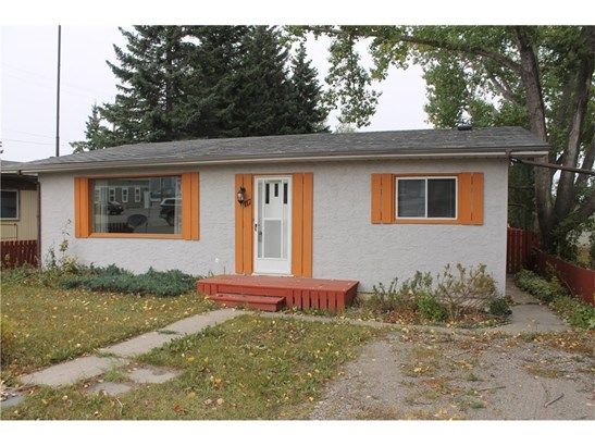 117 2 St Sw, Sundre, AB - CAN (photo 1)