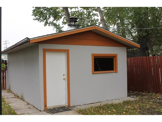 117 2 St Sw, Sundre, AB - CAN (photo 3)