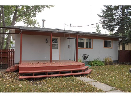 117 2 St Sw, Sundre, AB - CAN (photo 5)