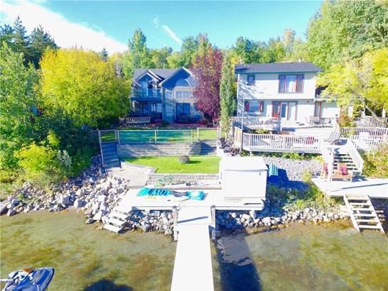 151 Grand Av, Sylvan Lake, AB - CAN (photo 2)