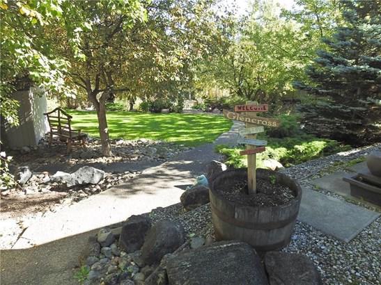151 Grand Av, Sylvan Lake, AB - CAN (photo 4)
