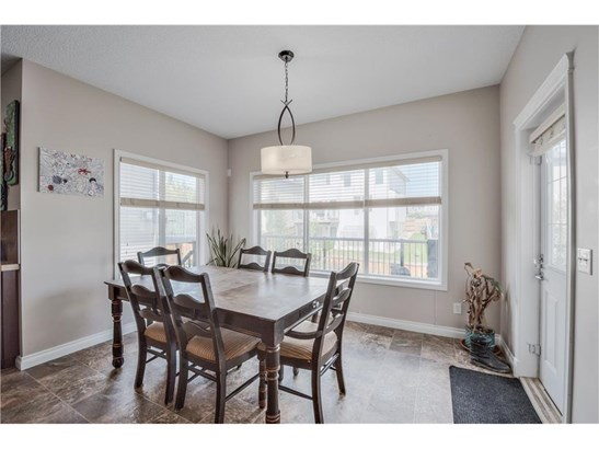 128 Hawkmere Wy, Chestermere, AB - CAN (photo 4)