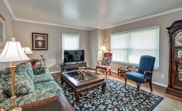 2448 Woodridge Drive, Decatur, GA - USA (photo 2)