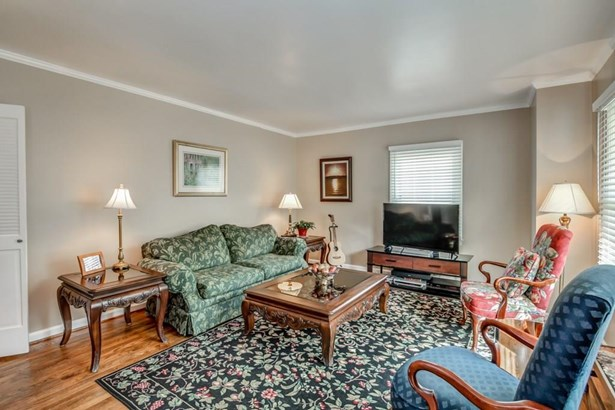 2448 Woodridge Drive, Decatur, GA - USA (photo 3)
