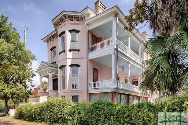 202 E Gwinnett Street, Savannah, GA - USA (photo 1)
