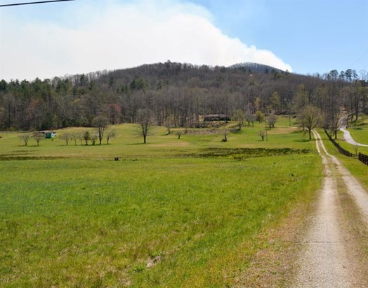 1535 Adkins Lane, Hiawassee, GA - USA (photo 1)