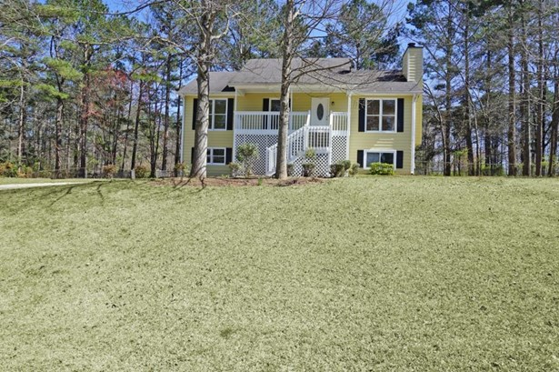 126 Oak Landing Court, Douglasville, GA - USA (photo 2)