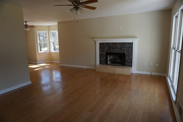 126 Oak Landing Court, Douglasville, GA - USA (photo 4)