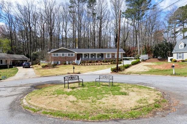 3790 Greenrock Court, Atlanta, GA - USA (photo 2)