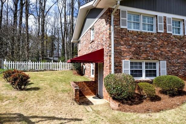 3790 Greenrock Court, Atlanta, GA - USA (photo 5)