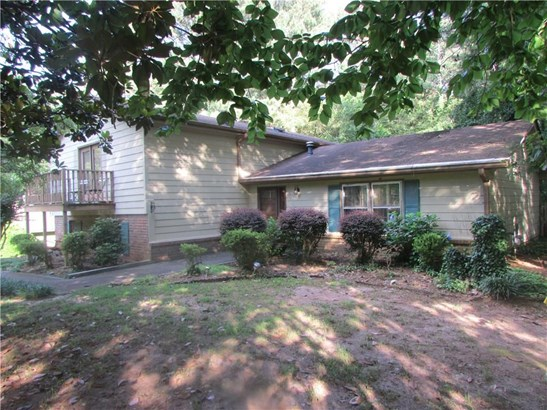 4606 Town Crier Road, Lilburn, GA - USA (photo 4)