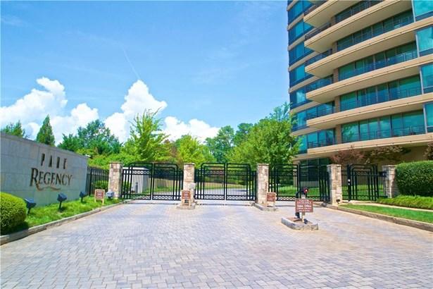 700 Park Regency Place Ne 703, Atlanta, GA - USA (photo 2)
