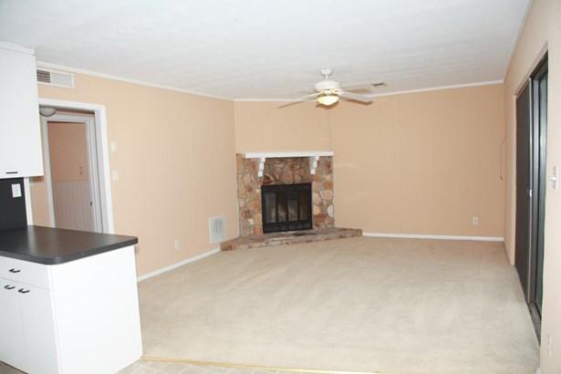 2079 Pine Tree Drive 61, Buford, GA - USA (photo 3)